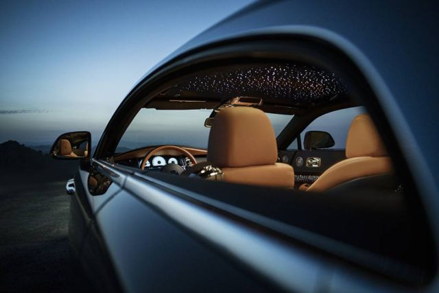 Rolls-Royce Wraith Luminary Collection (4)