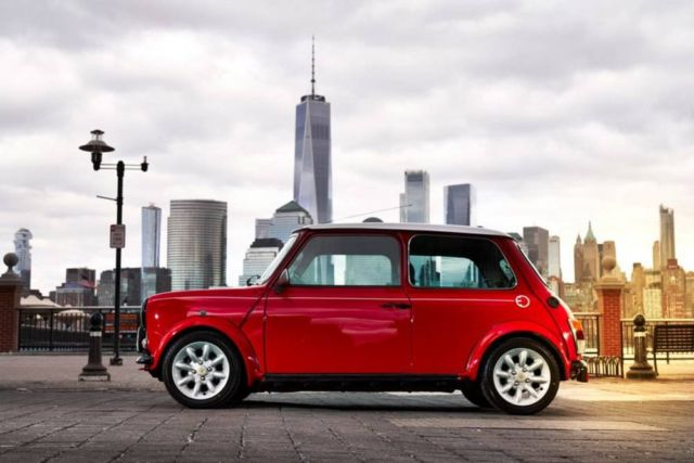 The Classic Mini Electric car (5)