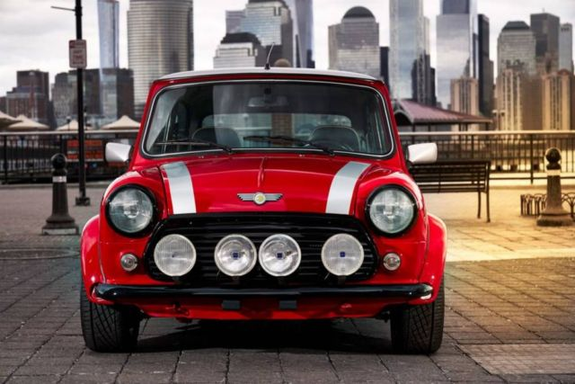 The Classic Mini Electric car (4)