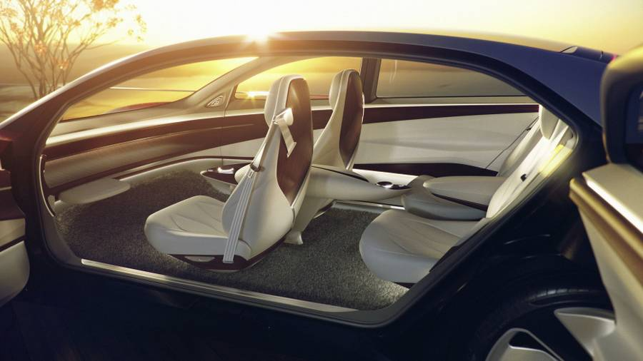 Volkswagen unveils I.D. Vizzion self-driving car (7)