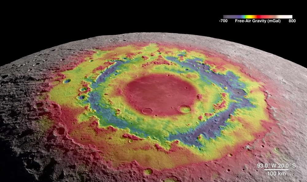 A 4K Virtual Tour around the Moon
