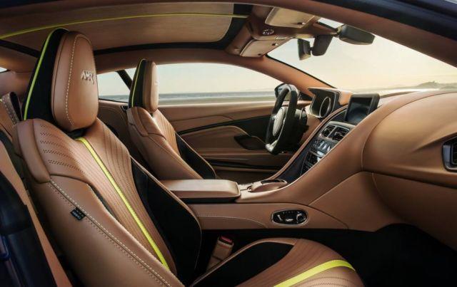 Aston Martin DB11 (9)