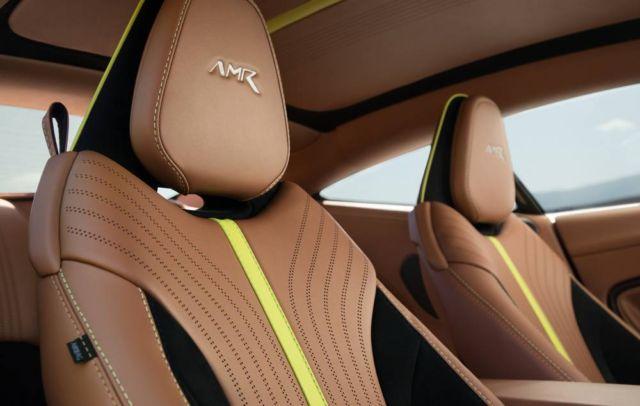 Aston Martin DB11 (7)