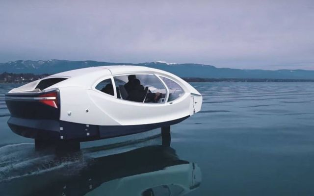 Electric SeaBubbles testing its control system (3)