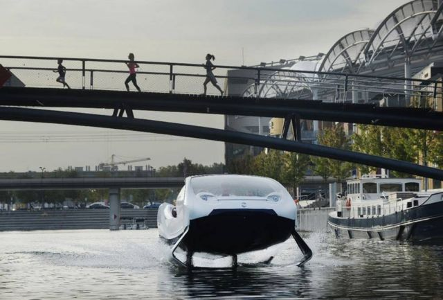 Electric SeaBubbles testing its control system (1)