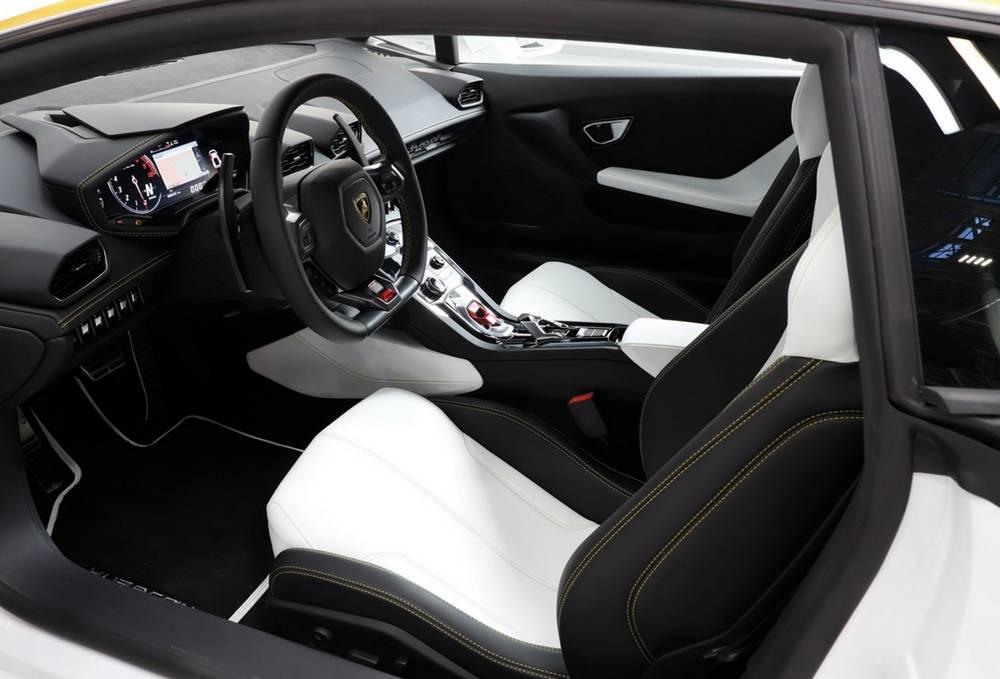 Pope Francis Lamborghini Huracan For Charity Wordlesstech