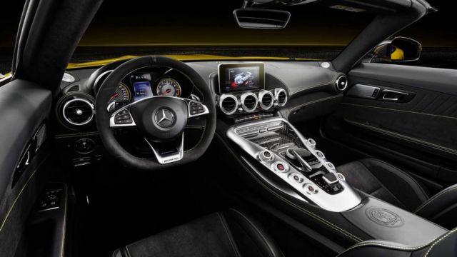 The new Mercedes-AMG GT S Roadster (6)