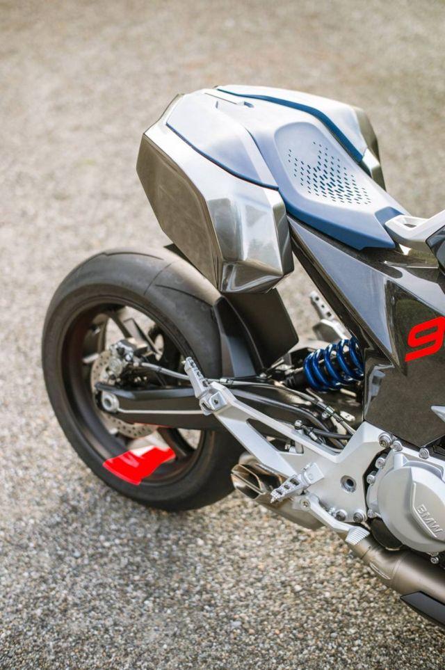 BMW Motorrad 9cento Concept Motorbike (1)