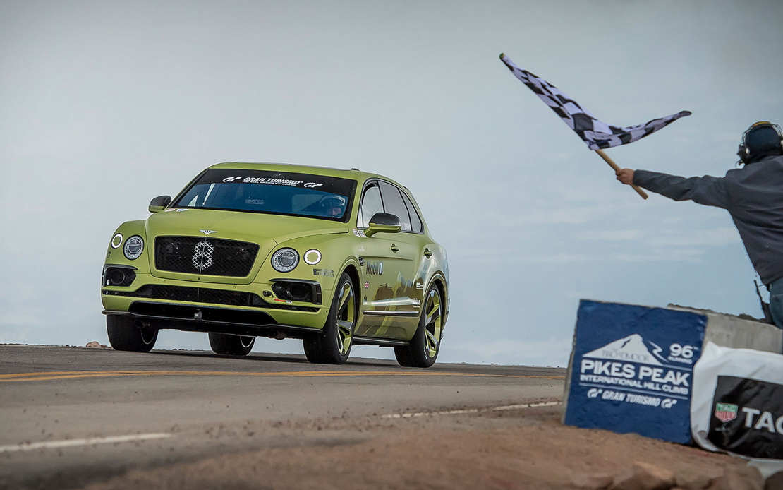 Bentley Bentayga breaks SUV Record at Pikes Peak Hill (1)