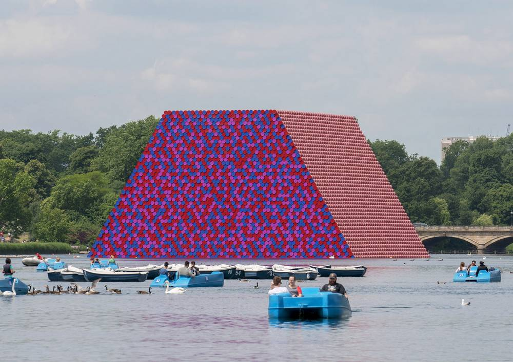 London Mastaba made from 7,500 stacked barrels