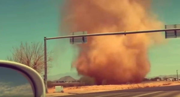 Massive Dust Devil spotted in Arizona