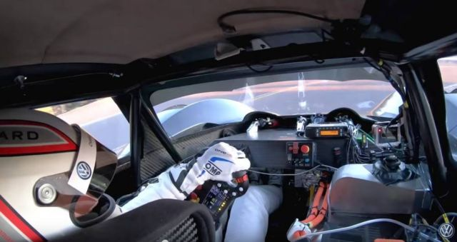 VW I.D. R Pikes Peak take a practice run