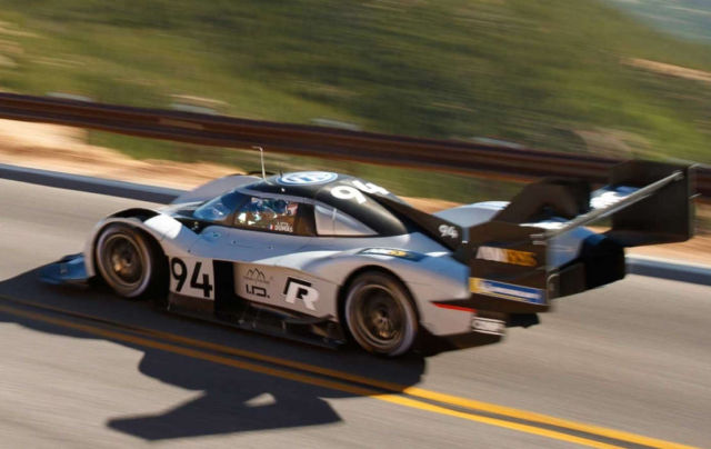 Footage of VW I.D. R destroying the Pikes Peak record