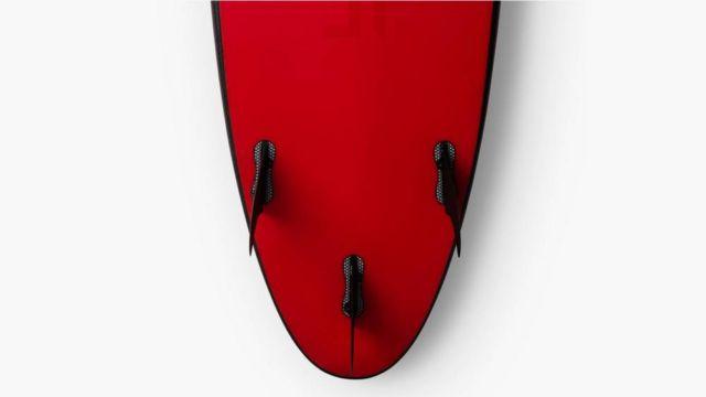 Tesla Surfboard (2)