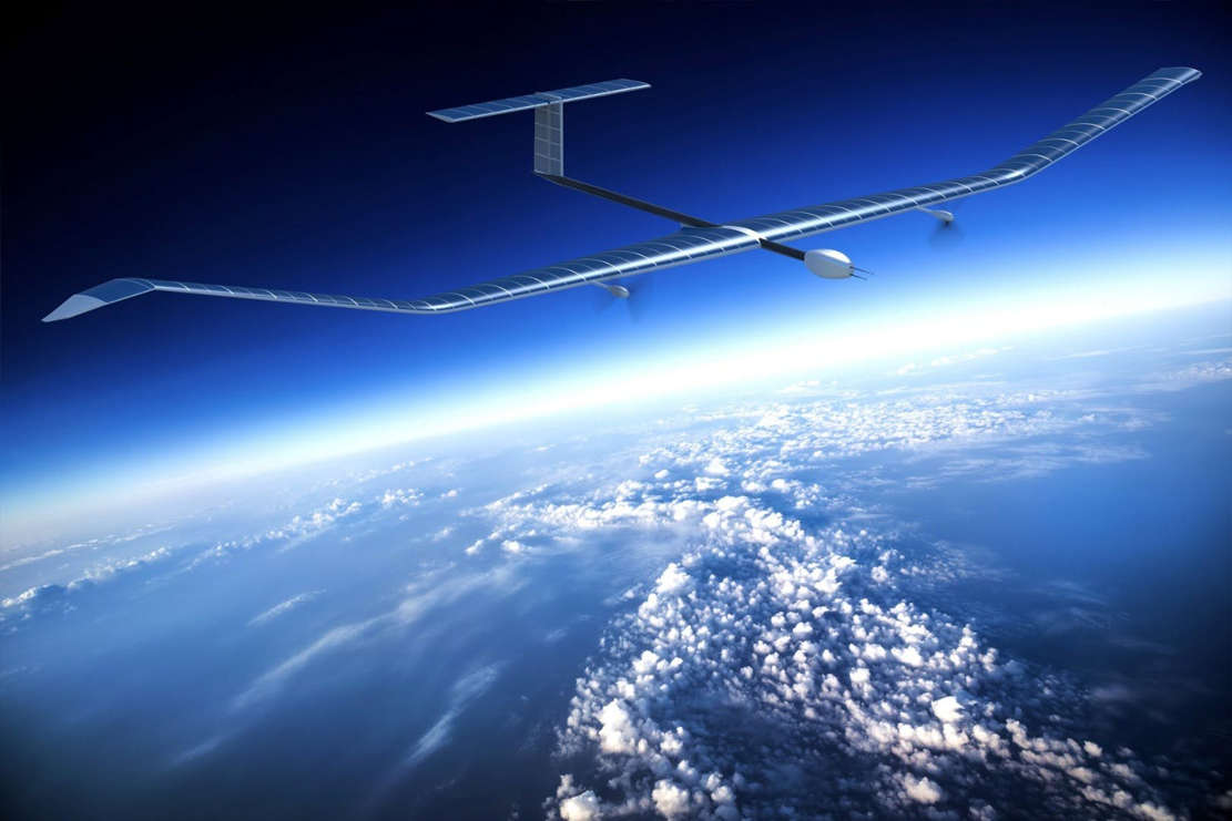 Airbus' solar-powered Zephyr smashes flight duration record (1)
