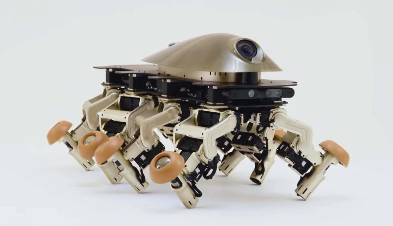 Halluc IIx multi-motored Robot