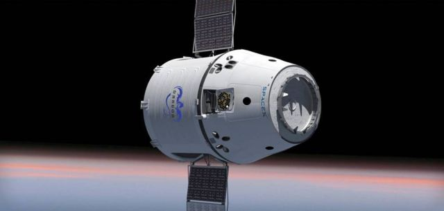 Inside the SpaceX's Crew Dragon Spacecraft (5)
