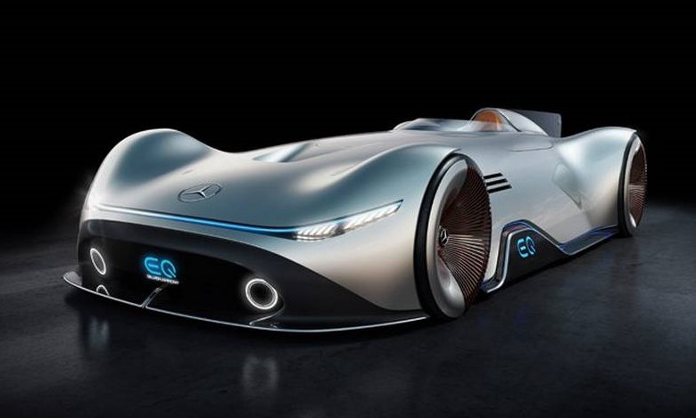 Mercedes Vision EQ Silver Arrow (13)
