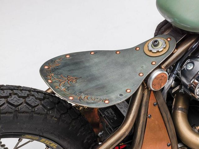 Alfredo Juarez's custom Indian motorcycle (4)
