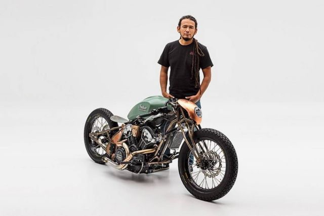 Alfredo Juarez's custom Indian motorcycle (2)