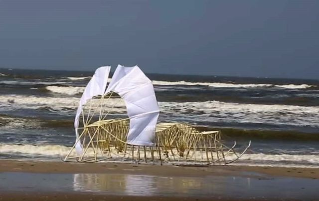 New Strandbeest stunning Kinetic Sculpture