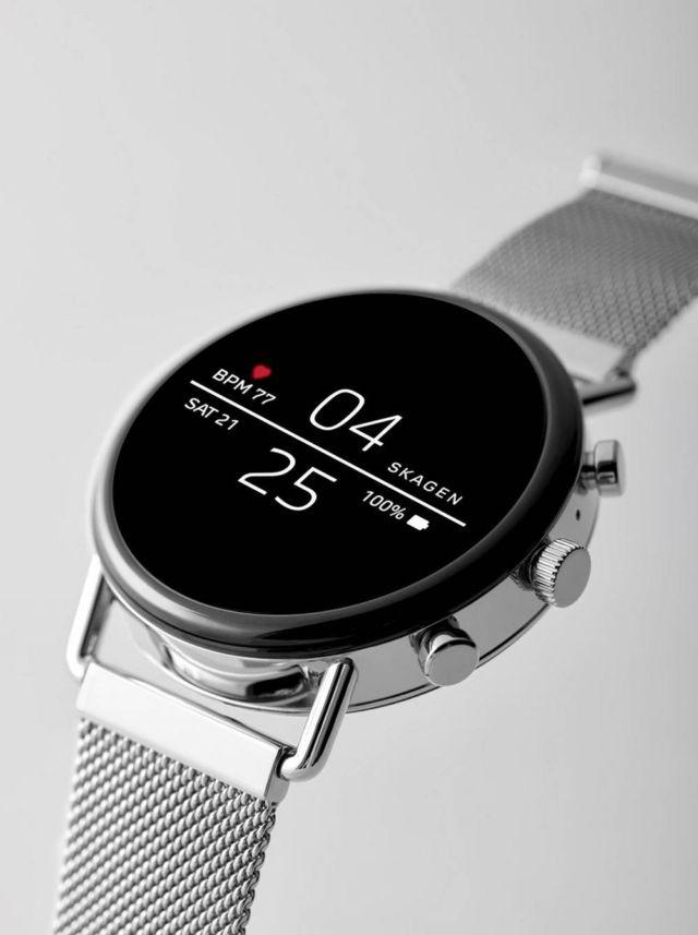 Stylish Skagen Falster 2 Smartwatch (4)