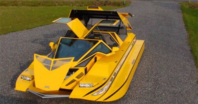 The Amphibious HydroCar (4)