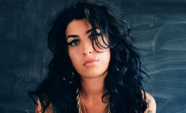 Amy Winehouse's hologram will Tour in 2019