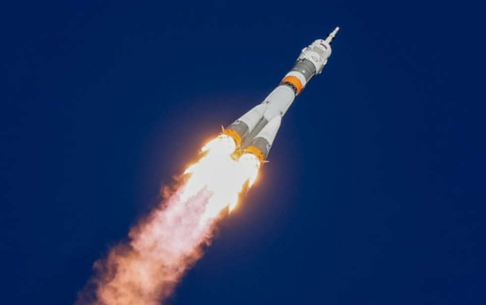 Astronauts Emergency Land after failed Launch to Space Station