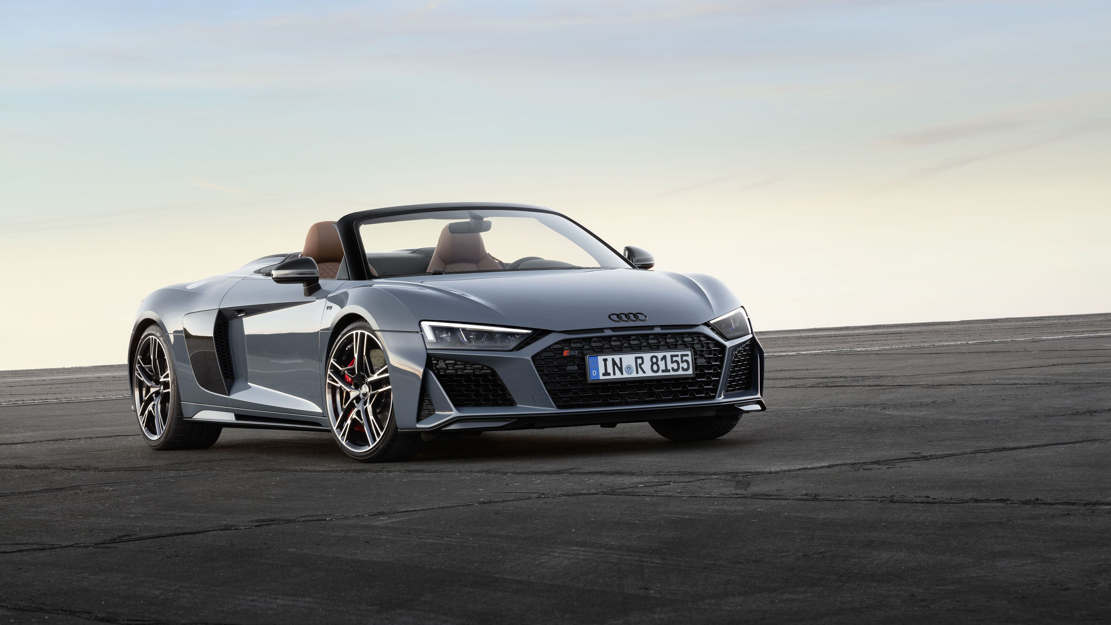 Extensive update for Audi R8 (1)
