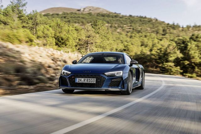 Extensive update for Audi R8 (13)