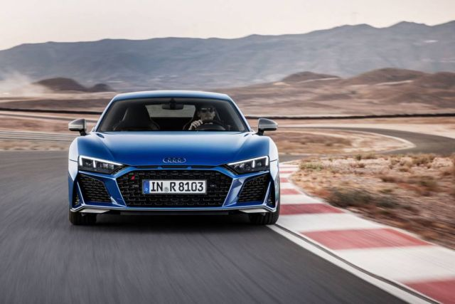 Extensive update for Audi R8 (11)