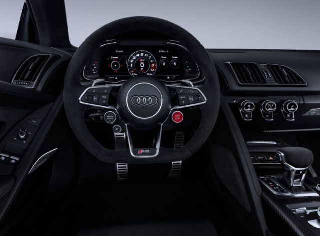 Extensive update for Audi R8 (8)