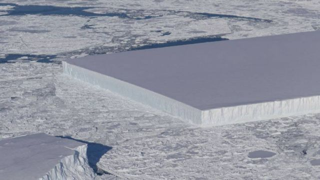 NASA releases new Pics of the baffling Rectangular Iceberg (2)