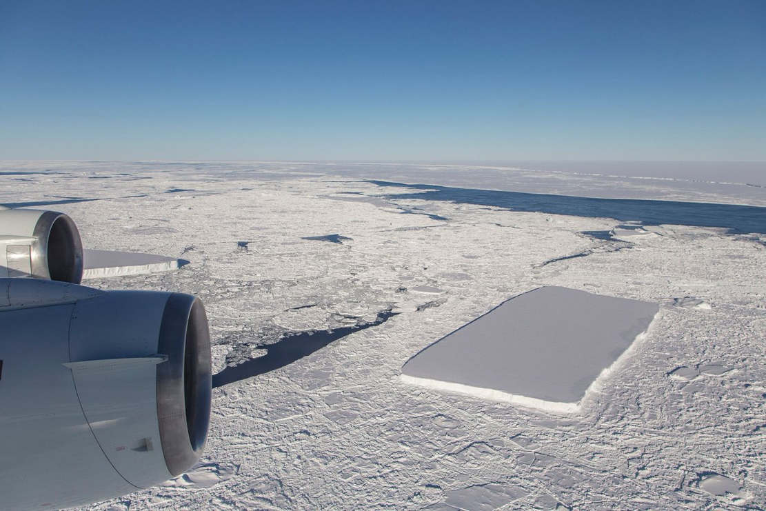 NASA releases new Pics of the baffling Rectangular Iceberg (1)