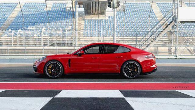 New Porsche Panamera GTS (8)