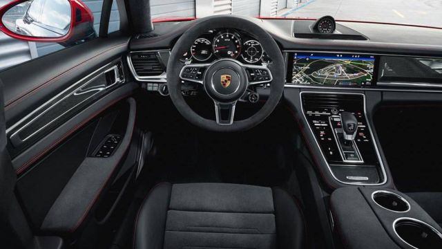 New Porsche Panamera GTS (3)