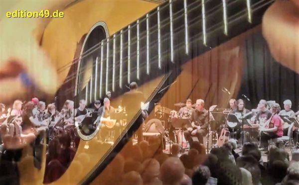 Pink Floyd Mandolin Orchestra - Shine On You Crazy Diamond