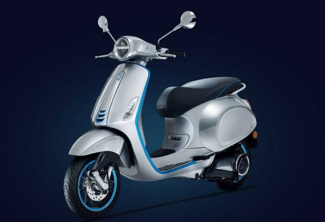 Vespa Elettrica Scooter begins sales (4)
