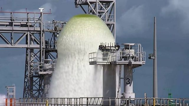 NASA releases 450,000 gallons of Water in 1 minute