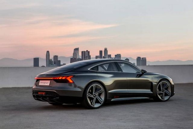 Audi e-tron GT concept unveiled (5)