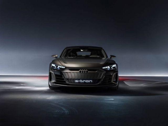Audi e-tron GT concept unveiled (2)