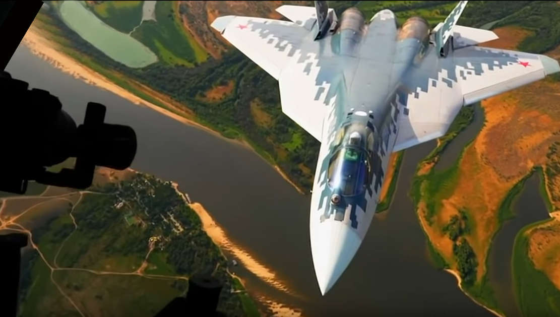 Su-57 at ultra-low altitude – video