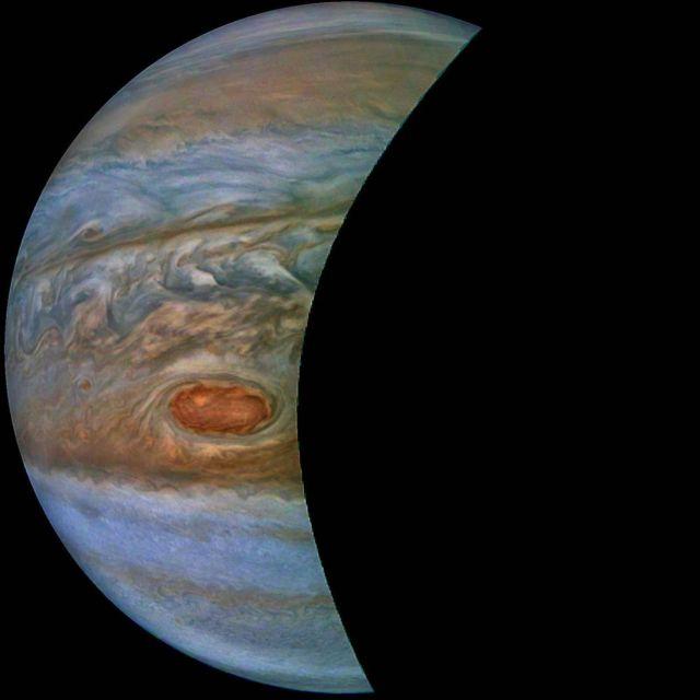New NASA's stunning Jupiter pictures