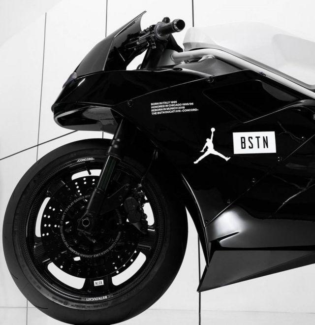 The BSTN Ducati 916 'Concord' (5)