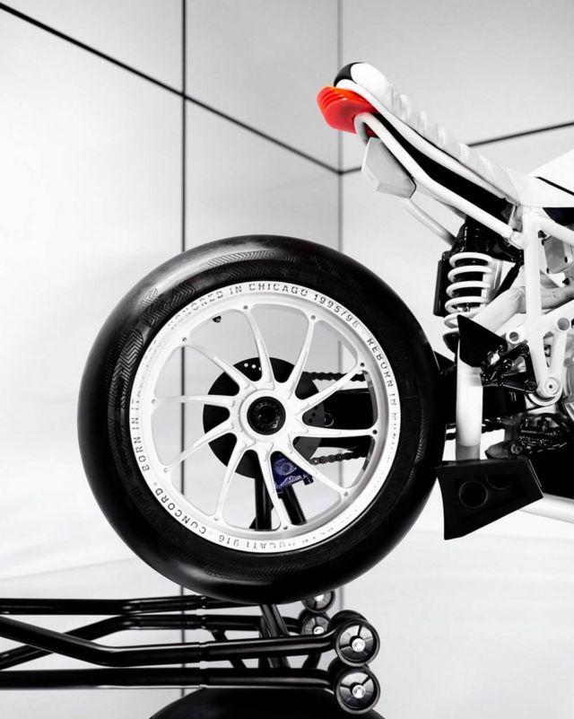 The BSTN Ducati 916 'Concord' (3)