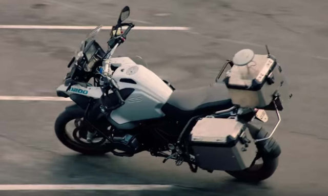 BMW Self-Riding motorcycle in a video
