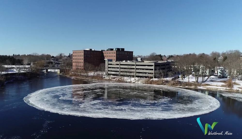 Enormous Ice Disk in Westbrook, Maine