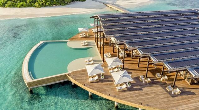 Solar-Powered Kudadoo Maldives Private Island (6)