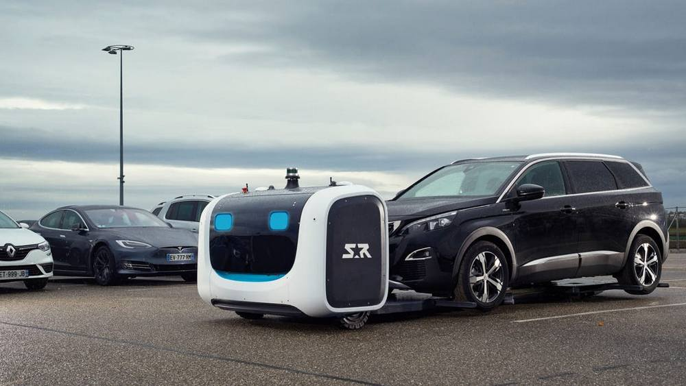 Stan- the first Outdoor Valet Parking robot